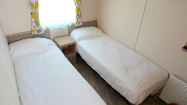 A9 - Twin Bedroom