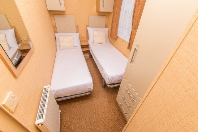A12 - 2nd Twin Bedroom